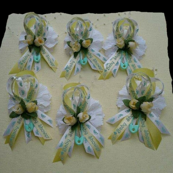 Accessories 12 Yellow Green Baby Shower Corsages Capias Poshmark